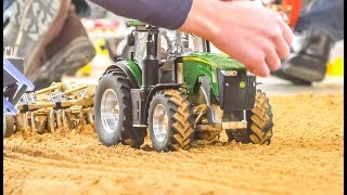 RC Tractors! RC Farming! Reach Stacker fail!