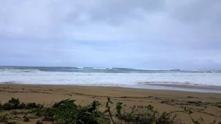 Kauai- Tunnels Beach closed due to high surf