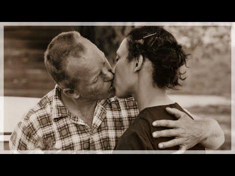 Giornata mondiale del bacio 2018 storie d 39 amore story for Giornata mondiale del bacio 2018