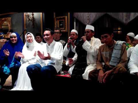 Shalawat bersama Guru besar hadrah marawis TNI,POLRI,Pelajar INDONESIA dan Bunda Hj Uga Wiranto