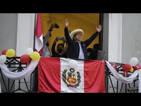 فوز مرشح اليسار الراديكالي بيدرو كاستيو في الانتخابات الرئاسية في البيرو…  - 08:54-2021 / 7 / 20