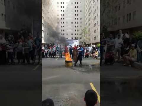 Latihan general evakuasi penghuni tower cendana apartment kalibata city.....(2)