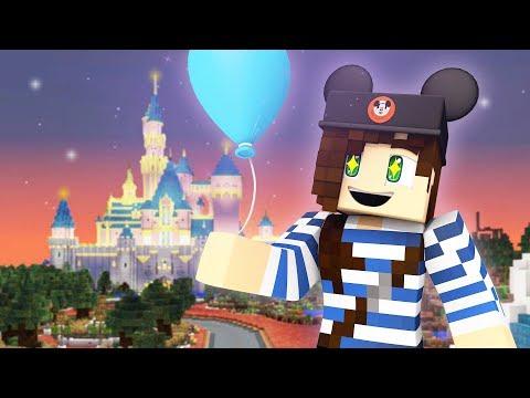 Joining An Epic Minecraft Disneyland Server!