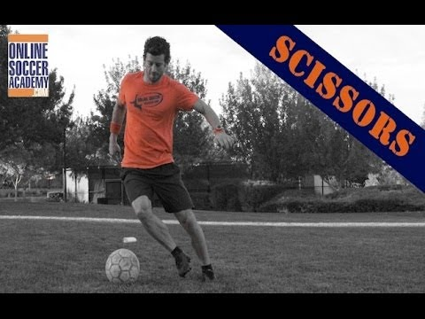 Mastering the Soccer Scissors! *7 Key Points* by Online Soccer Academy