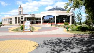 Кобринский Аквапарк(Аквапарк в городе Кобрине -- не просто развлекательный центр. Это также крупный оздоровительный центр с..., 2013-07-23T22:53:48.000Z)