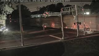 September 20 2018 23:46 sb mix, auto racks, blue trash CSX Q433