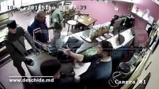 Драки полицейских в одном из кафе Бельц
