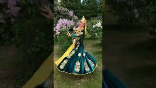 Узбекский танец, импровизация души. Uzbek dance in the street.