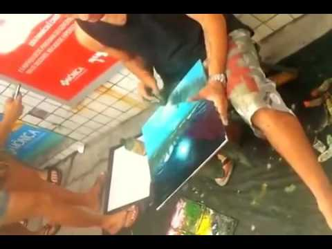 Amazing Artist: Hand Painted Street artist in Brazil