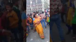Aunty on its crazy mode