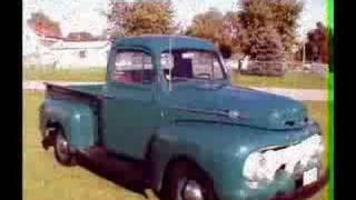 سيارات قديمة من جمع محمد السويح تراث