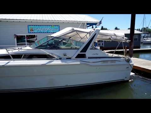 Sea Ray Sundancer 300 Power Boat is a for sale in Portland Oregon