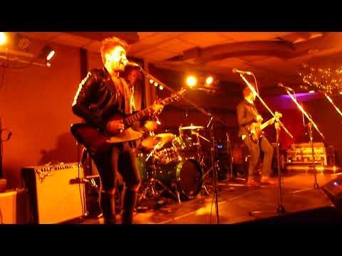 Dustin Douglas & The Electric Gentlemen