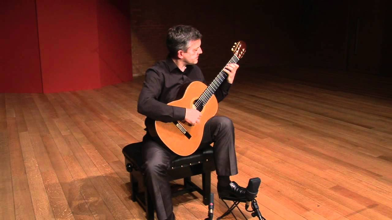Gary Ryan plays Dowland - Allemande