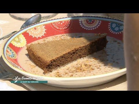 gâteau-moelleux-à-la-farine-de-noix-de-séverine---les-carnets-de-julie
