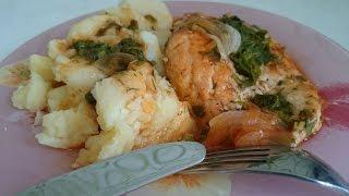 Куриная грудка рецепт Блюда из курицы по Омски как приготовить куриную грудку вкусно на ужин(Куриная грудка рецепт под соусом по Омски - Блюда из курицы. Куриная грудка 2 шт. или филе грудки. Зелень..., 2015-06-11T16:38:30.000Z)