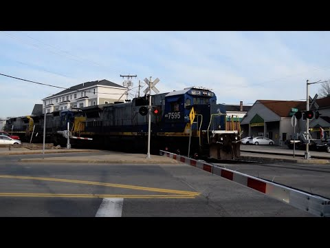 Railfanning    Pan-Am Freight  - Chestnut St. Crossing, Dover NH