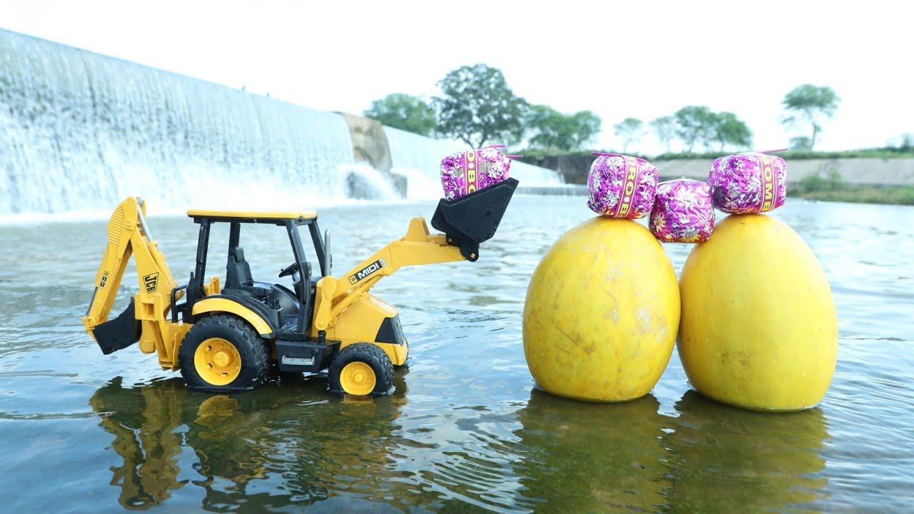 Pumpkin Vs Sutli Bomb   Jcb Loading Pumpkin Bolero pickup   HMT Tractor   Tata Ace Gold   CS Toy