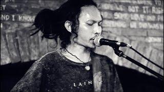 The Island Souls feat Yosua Putra - Alive