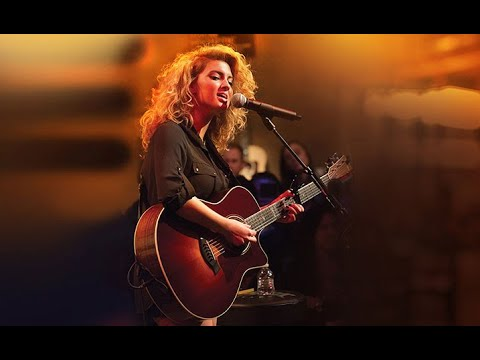 Tori Kelly - Best Guitar Moments