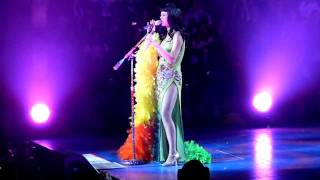 Katy Perry Collapses, Nashville, I Kissed A Girl (in HD)