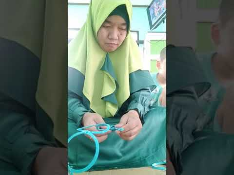 membuat gantungan jilbab dari gelas air mineral💚 - YouTube