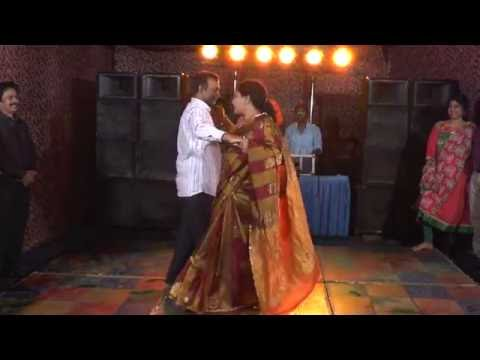 Uncles and Aunties performs Couple Dance Parody #NehaWedsAnkit
