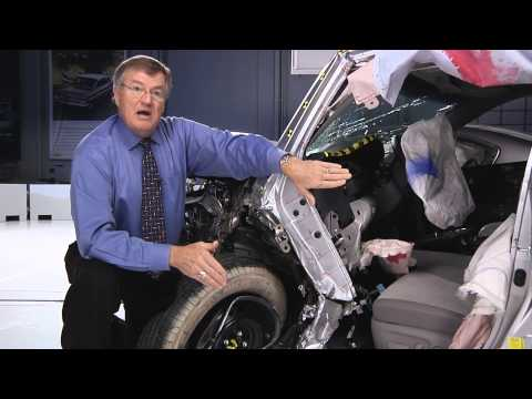 IIHS - small overlap crash test results for midsize family cars