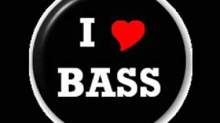Techno The Test Song bass boost