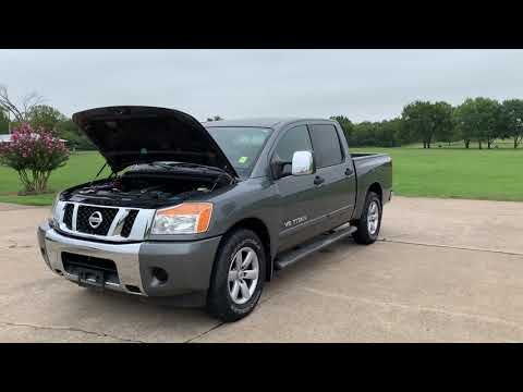 2013 GRAY Nissan Titan SV Crew Cab 4WD (1N6BA0EKXDN) with an 5.6L V8 DOHC 32V FFV engine, 5-Speed Automatic transmission, located at 17760 Hwy 62, Morris, OK, 74445, (918) 733-4887, 35.609104, -95.877060 - Photo #0