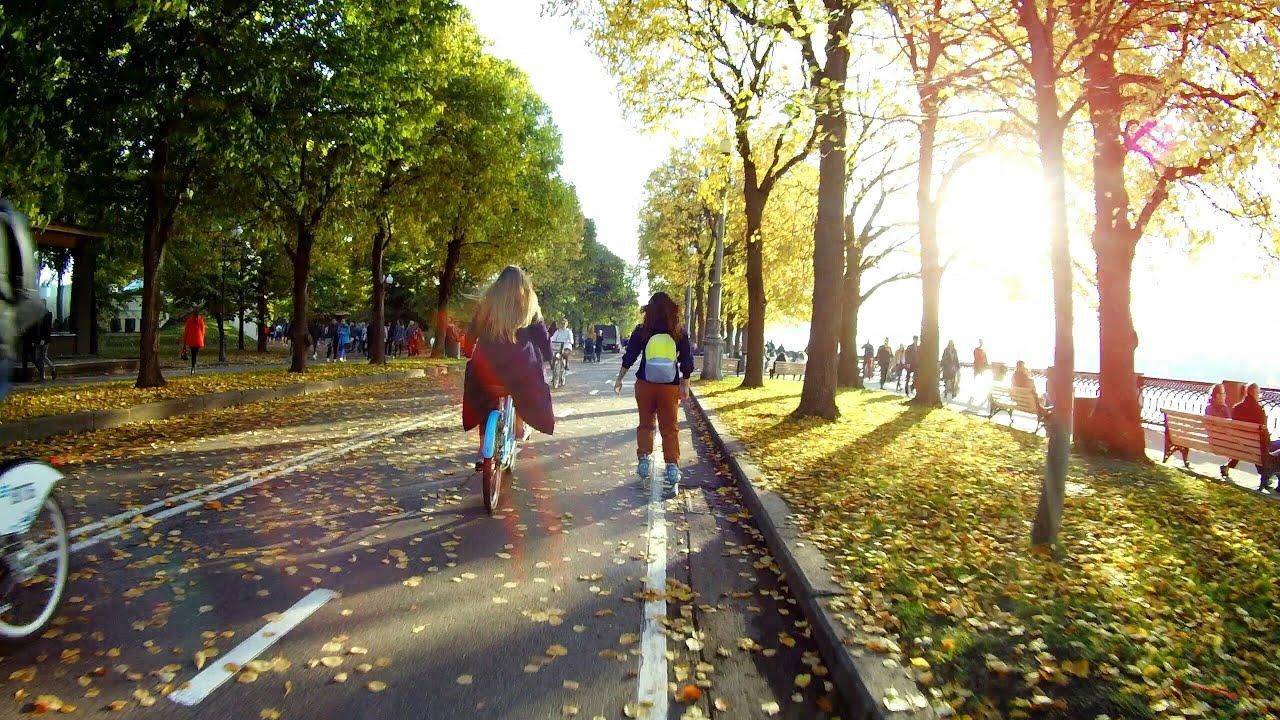 Скрытая камера в парке осень