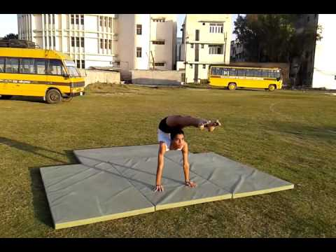 Sourabh performing Artistic Yoga Asana from Amritsar, Punjab.