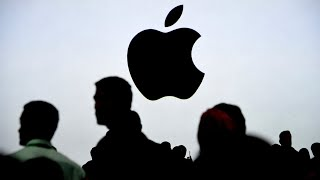 Gambar cover Apple Shares Top $300