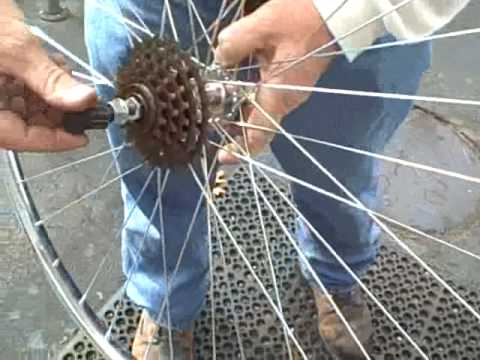 how to change freewheel cassette