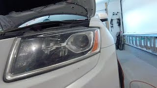 2015 Jeep Grand Cherokee Low Beam Headlight Replacement - Beware the Bloody Knuckles