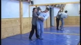 Уроки по самообороне