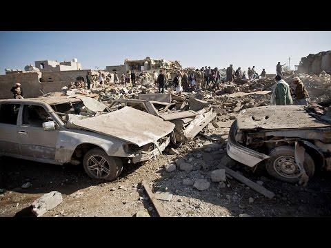 Yemen President Flees the Country, Spurring Saudi Airstrikes