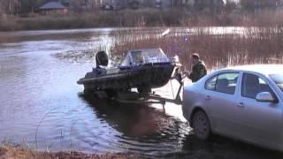 Лодка Крым. Спуск на воду.