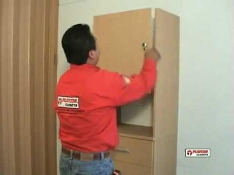 Como instalar una puerta de seguridad youtube for Como poner una puerta corrediza