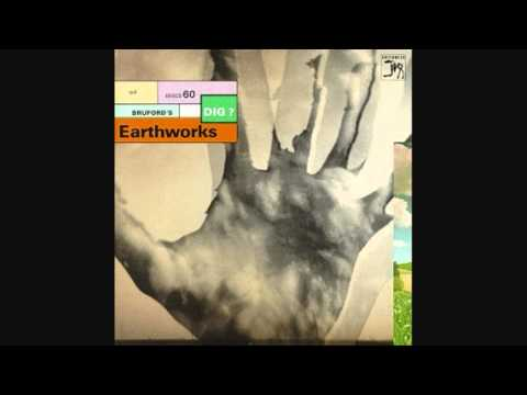 Bill Bruford's EARTHWORKS - Dancing On Frith Street.wmv