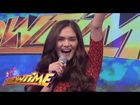It's Showtime: Birthday surprise for Queen Pia Wurtzbach