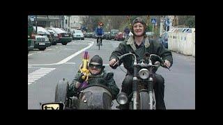 Stefan on Tour! Mit Wasserpistole auf dem Motorrad - TV total