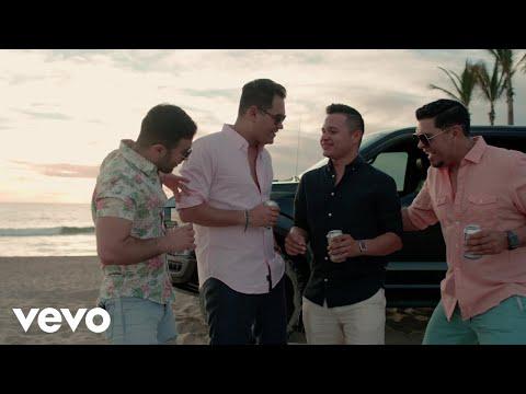 Banda Los Recoditos - Perfecta (Video Oficial)