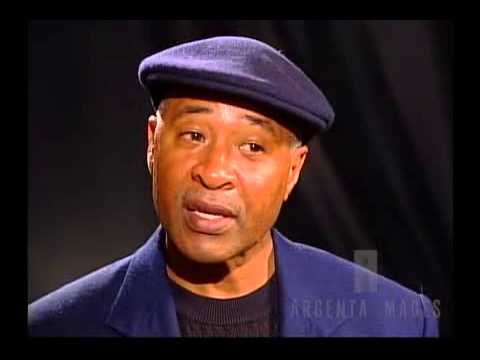 Ozzie Smith talks about his career, his tardemark backflip, and his skills