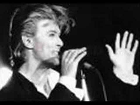 David Bowie - Always Crashing In The Same Car - Low
