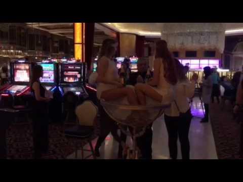 Открытие первого казино в России