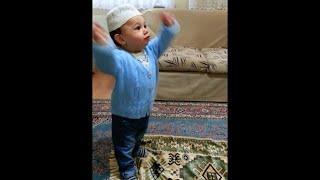 Zikir çeken Bebek sadece 14 aylık #Bebekvideosu / muslim babe allah chanting attracts