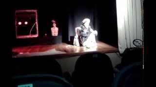 """Monólogo teatral """"O ESPELHO"""" com Gael Di Plural."""
