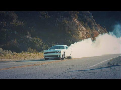 Обзор Dodge Challenger HELLCAT, V8 6.2L, 707 сил! Бернаут, плюсы и минусы — тест-драйв НА РУССКОМ