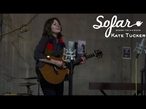 Kate Tucker - Let Me Go | Sofar Nashville